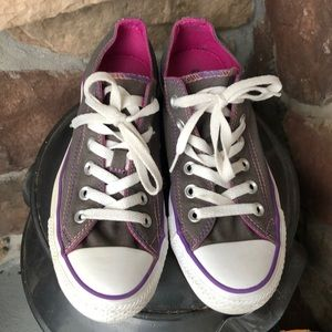 Sz 7 converse All-Star gray/pink shoes